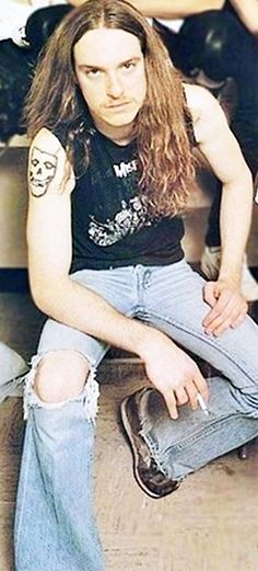 CLIFF BURTON - METALLICA......DIED AT THE AGE OF 24 DUE TO A BUS ACCIDENT THAT KILLED HIM.......SO SAD HE WAS GONE BEFORE HIS TIME.....R.I.P.