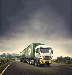 Getting it there smartly #trucks #road #photography #travel