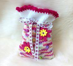 Cherry Seeds, Big Flowers, Cotton Pillow, Knitting Yarn, Etsy, Wool, Cool Stuff, Worth It, Cherries