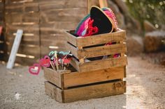 #Atrezzo #Photocall #Photocool #vintage #caja #madera #fotografía #fotógrafo #Cáceres #disfraces
