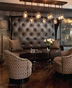 Love wood floors, lighting and matching pillows/chairs Tea room inspo. Bar Lounge, Lounge Areas, Cigar Lounge Decor, Lounge Seating, Cigar Lounge Ideas, Brown Lounge, Cafe Seating, Restaurant Seating, Booth Seating