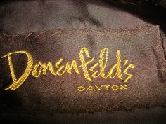 Donenfeld's in Dayton Ohio Quality clothing like those sold here are not found anymore. Dayton Ohio, Cincinnati, Tiki Movies, My Kind Of Town, Good Old, Historical Photos, Childhood Memories, The Dreamers, Nostalgia