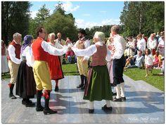 Dance by Nilla_, via Flickr