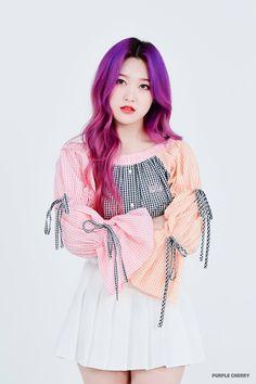 Just Loona: Photo Extended Play, South Korean Girls, Korean Girl Groups, My Girl, Cool Girl, Singing In The Rain, Olivia Hye, These Girls, Purple Hair