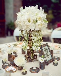 Arts And Crafts Style House Crafts For 2 Year Olds, Crafts To Do, Home Crafts, Arts And Crafts, Gold Wedding Decorations, Table Decorations, Luxury Wedding, Dream Wedding, Art In The Park