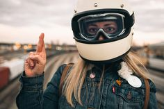 8negro: Matthew Jones photography:: Automotive. #girls #chicas | caferacerpasion.com