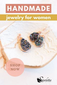 Are you searching for a natural looking earring that's perfect for a casual outfit? Then you've come to the right place! Our rainbow druzy geode rose gold teardrop earrings are just the flawless design you need! The classic teardrop shape is handmade to give you a flawless, one of a kind look! They are truly remarkable looking jewelry! #statementearrings #rainbowdruzy #musthave #fashiojewelry #supporthandmade Handmade Bridal Jewellery, Earrings Handmade, Bridal Jewelry, Druzy Jewelry, Rose Gold Jewelry, Fashion Necklace, Fashion Jewelry, Women Jewelry, Bohemian Wedding Inspiration