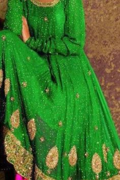 Another green outfit for the mehendi. Beautiful work!