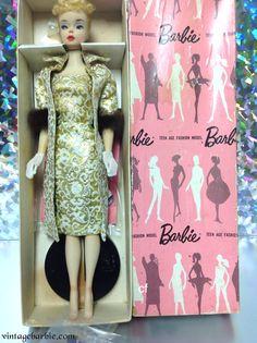 Evening Slepndor (blonde) - Pink Box Dressed Display Dolls - Vintage Barbie