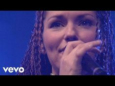 Shania Twain - Forever And For Always (Red Version) - YouTube