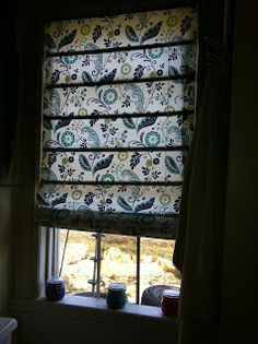 DIY No Sew Roman Shades, perfect for my kitchen and bathroom window.