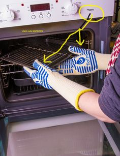 Share the (g)love!10% discount on oven gloves with a surprising secret component fingers!.Claim code MQTKLY8N http://amzn.to/1DqVO26