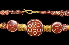 Ancient & Medieval History - Late Achaemenid Gold and Carnelian Necklace, 4th Century BC