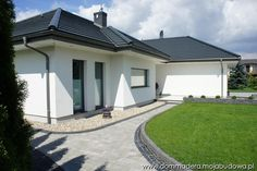 Blog MojaBudowa.pl - internetowy dziennik budowy, katalog firm budowlanych Family House Plans, Dream House Plans, Beautiful House Plans, Beautiful Homes, Modern Bungalow House, Dream Mansion, Simple House Design, Concept Home, Prefabricated Houses