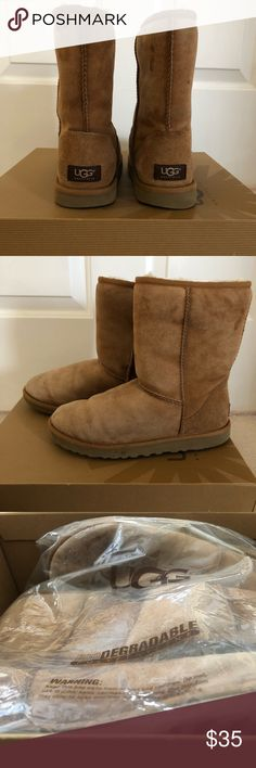 UGG | Classic Short Chestnut -well loved UGG boots -they have a few stains but if you have UGG cleaner they'll look brand new! I would use the cleaner, but I grew out of them! -price negotiable   🙋🏻♀️ open to bundles! 📦 fast shipper! UGG Shoes Ankle Boots & Booties