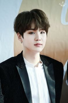 I am happy that Suga didn't dye his hair for the next comeback ❤️ #black #BTS #Suga