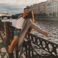Image about girl in Ideas para fotos by z o a r Bff, Foto Casual, Aesthetic People, Selfies, Aesthetic Photo, Street Photo, Looks Cool, Photo Poses, Photo S