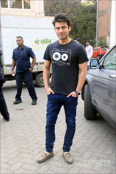 Fawad Khan at the shoot of Kapoor and Sons. #Bollywood #Fashion #Style #Handsome