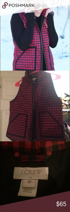 J.crew red checkered vest Like new condition, red and black checkered j.crew vest! Size medium, sadly too big on me or else I'd keep it for myself. No signs of wear and perfect for holiday season☃️ J. Crew Jackets & Coats Vests