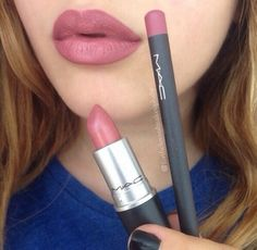 """slim-and-svelte: """"slim-and-svelte: """"blovesfashion18: """" Best lip combo ❤️ """" I KNOW THATS HOT GOSSIP LIP STICK BUT WHAT IS THAT LIP LINER I NEED IT """" I HAVE BEEN INFORMED THAT THE LIPLINER IS MAC..."""