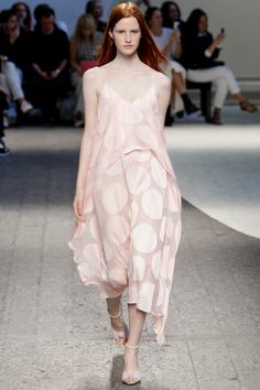 Sportmax | Spring 2014 Ready-to-Wear Collection | Magdalena Jasek Modeling | Style.com
