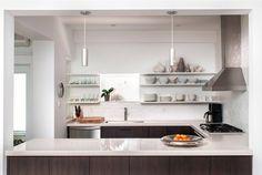 PREPÁRATE PARA EL INCREIBLE DISEÑO  Hoy  Shirley Meisels de MHouse, Inc. ha sido  reconocido por Spotlight Designer  Que cocina te llama más?  http://www.caesarstone.com.mx/es/Gallery/Kitchens/Pages/default.aspx