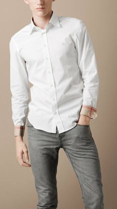 Burberry - SLIM FIT SHIRT WITH CHECK INSIDE COLLAR