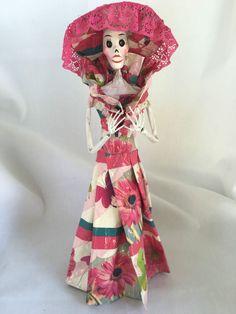 Catrina Mexican Doll Day of Dead Paper Mache Dia de los Muertos Folk Art 101