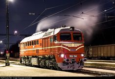MÁV-Start at Százhalombatta, Hungary by dmbadics Japan Train, Railroad Pictures, Choo Choo Train, Bonde, Train Art, Armored Vehicles, Hungary, Around The Worlds, Journey