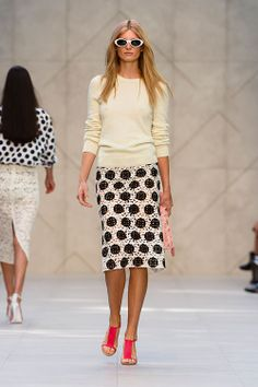 Burberry Spring Summer 2014. Have a similar skirt,now I need the pullover.