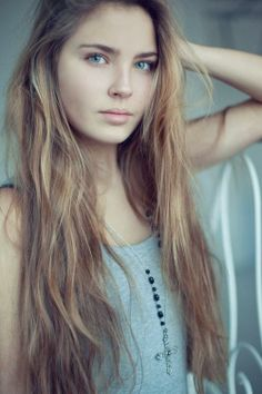This is basically what my hair looks like except that mine is coffee bean brown and has carmel highlights (natural because of chlorine in the pool)