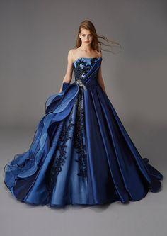 kiyoko hata marry/Fioretti dress / hardy amies dress/l'atelier mariage/green/. Cute Prom Dresses, Blue Wedding Dresses, Unique Dresses, Lovely Dresses, Beautiful Gowns, Elegant Dresses, Beautiful Outfits, Formal Dresses, Ball Gown Dresses