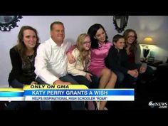 Katy Perry invites a cheerleader to the AMAs!