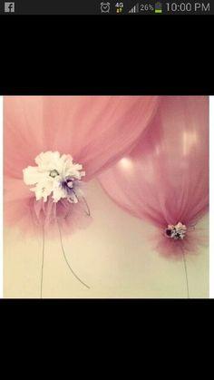 Wrap balloon in tulle ♡