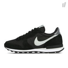 Nike Shoes Usa, Nike Shoes Outlet, New Sneakers, Sneakers Nike, New Sneaker Releases, Nike Internationalist, Site Nike, Celebrity Style, Celebrities