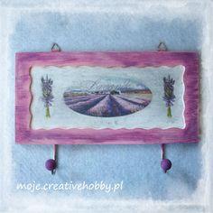 Drewniana tabliczka wykończona welurowym lakierem do #decoupage: http://bit.ly/1KQDrDl