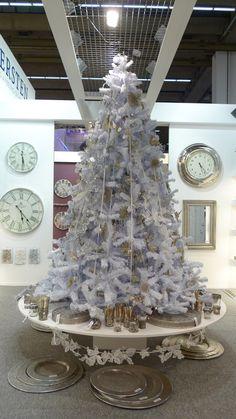 Christmas Trends  - 2012 Christmas World, Frankfurt, Germany  #retail #Christmas #Trends #VisualMerchandising (C)The Marta Report  More photos and trends @ www.themartareport.com