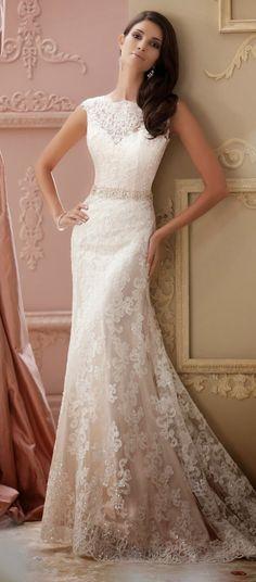 Un precioso vestido de David Tutera con efecto degradado