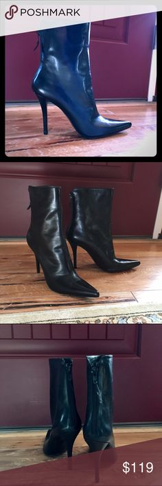 """Stuart Weitzman black boots 7N - New Never been wore black boots. Gorgeous style - pointy and 4"""" heels. Size 7 with Narrow width.  Beautiful leather so will stretch some. No box available. No trades please - I need to clean out my closets! Stuart Weitzman Shoes Ankle Boots & Booties"""