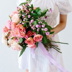 Loving on this gorgeous #bouquet this morning  So full of #color. #inspiration #florals #summer #wedding #bridal #organic