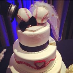 Baseball wedding cake I dont think I could actually do this....but it would be cute!