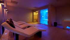 Finnish Sauna and Steam Bath togheter Sauna Steam Room, Steam Bath, Spa Interior, Interior Design, Finnish Sauna, Spa Design, Resort Villa, Wellness Spa, Home Cinemas