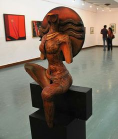 Art works by group of Contemporary artists being displayed in 'Art Exhibition for Flood Reief Fund' at Venkatappa Art Gallery, in Bangalore....