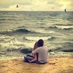 16 señales poco románticas que prueban que estás con la persona indicada.