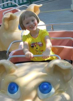This shot is at the Dollywood's Piggy Parade :)