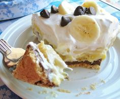 PEANUT BUTTER-CHOCOLATE BANANA PIE