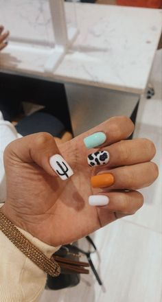 Acrylic Nails Coffin Short, Simple Acrylic Nails, Fall Acrylic Nails, Rodeo Nails, Cowboy Nails, Cute Gel Nails, Pretty Nails, Western Nails, Country Nails