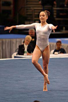 Obraz znaleziony dla: Extreme College Gymnastics Girls Close-Ups Gymnastics Images, Gymnastics Clubs, Acrobatic Gymnastics, Sport Gymnastics, Artistic Gymnastics, Olympic Gymnastics, Gymnastics Leotards, Gymnastics Problems, Women's Gymnastics