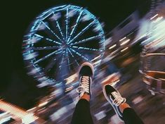 Картинка с тегом «fun, light, and vans»