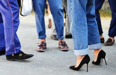 Boyfriend jeans and classic black pumps. Bitch, Be cool.